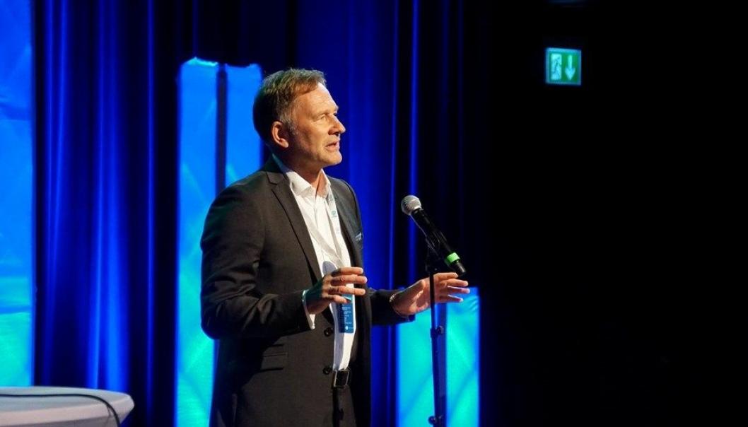 Halvard Aglen, havnedirektør Kristiansand Havn og styreleder Norske Havner, har år etter år hatt gleden av å ønske velkommen til det som har utviklet seg fra en ren havnekonferanse til å bli en logistikk-konferanse.