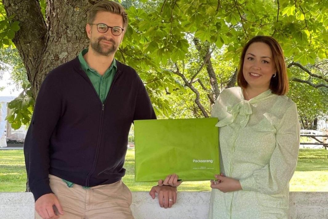 Gründerne bak Packoorang, Alvin Dammann Leer og Natasha Janković Abbas er på vei ut i verden.
