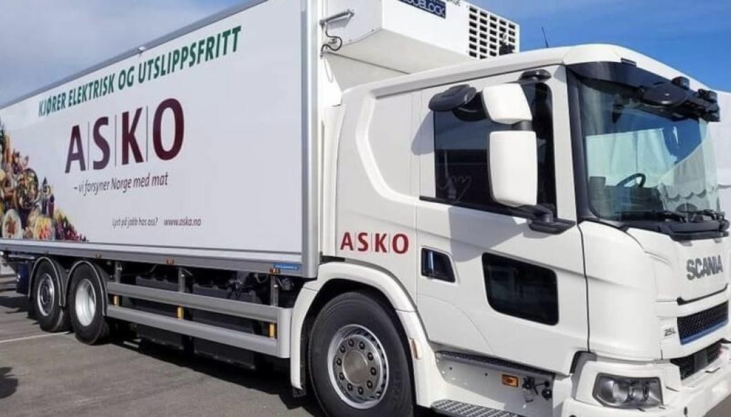 I løpet av året skal Asko ha ca. 25 el-lastebiler i full drift.