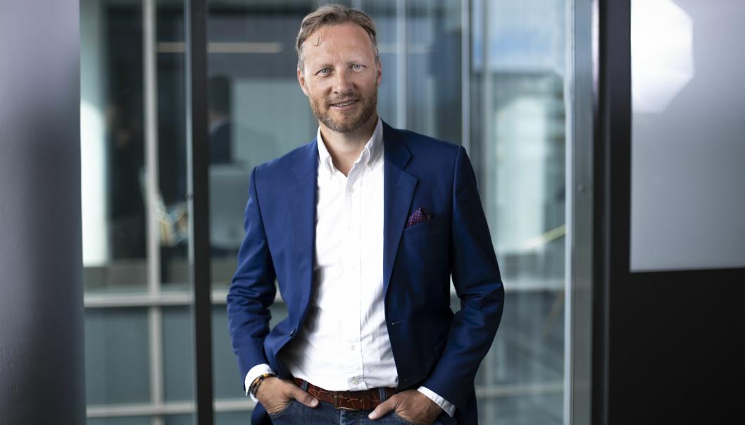 Kenneth Tjønndal Pettersen, pressesjef i Posten med gladmelding til det norske folk.