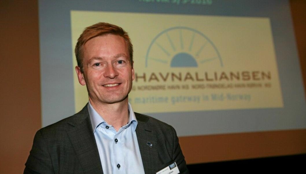 Det blir en ny tid for samferdselspolitikeren Helge Orten, og som nå takker for seg som leder av Stortingets transport- og kommunikasjonskomité. Foto: Per Dagfinn Wolden